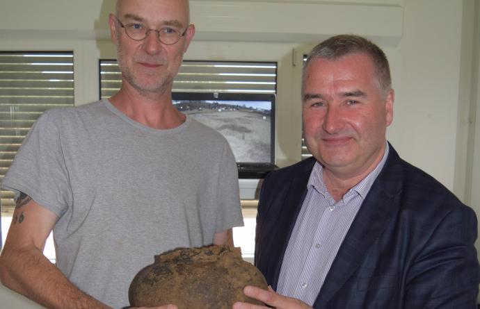 Uniek urnengrafveld opgegraven in Hofstade